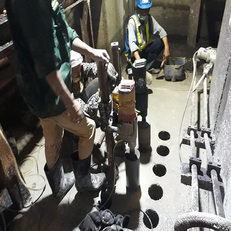 Khoan cắt bê tông khu công nghiệp Việt Hưng 1